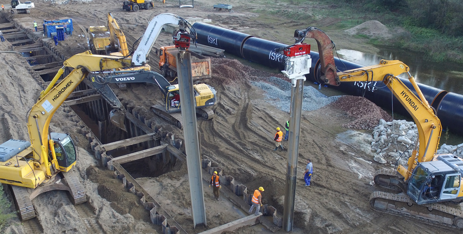 Excavator Mounted Vibro Hammer - Standard and Variable Moment Series
